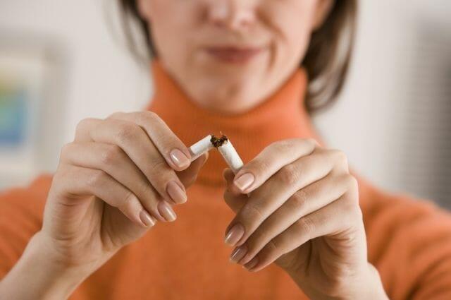 smoking causes blocked arteries in legs